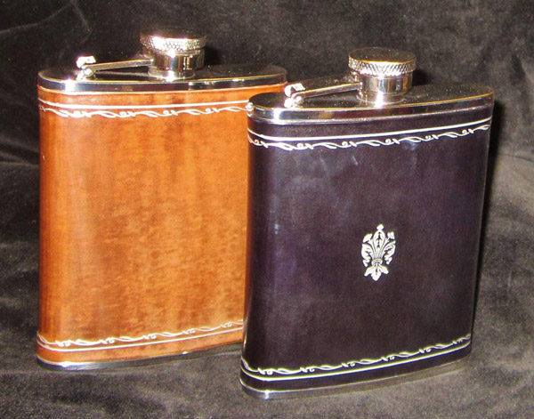 Leather flask type B - 45,00 €